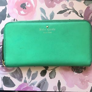 Kate Spade Green Zip Around Wallet